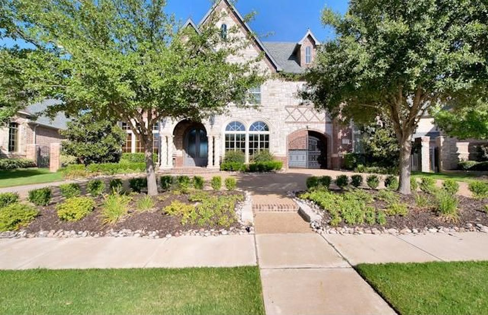 1204 Club House Ct, Southlake, TX 76092