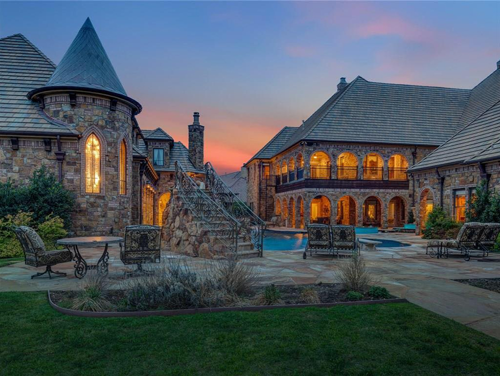 3 Great Reasons To Invest In Luxury Real Estate